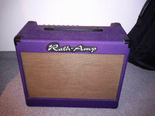 Free guitar amp by Stephen Shirley
